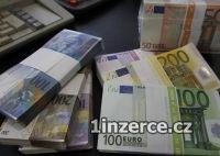 Nabízí rychlé půjčky mezi zvlá