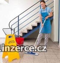 Pracovník úklidu Plzeň.