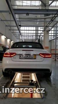 Audi A5 2.0 TDI cabrio S-line