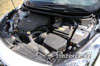 Hyundai i30 1,6 GDI Trikolor