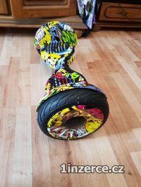 Malý novy hoverboard