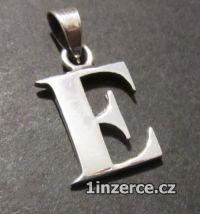 Písmeno E - přívěsek ze stříbr