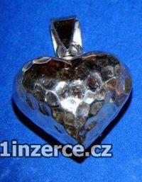 Silné trojrozměrné srdce - pří