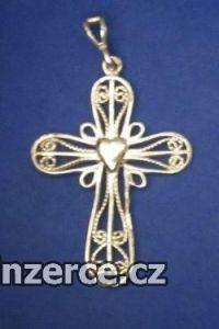 Kříž s kulatými rohy a srdcem
